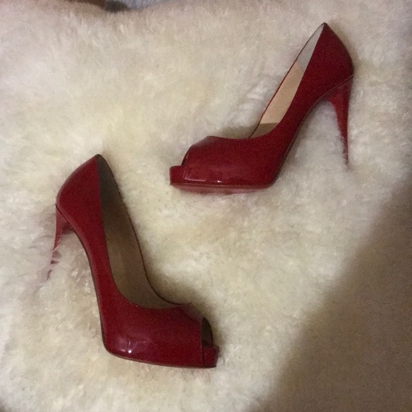 huge discount 34c67 c4250 Christian Louboutin New Very Prive 120 Patent NWT